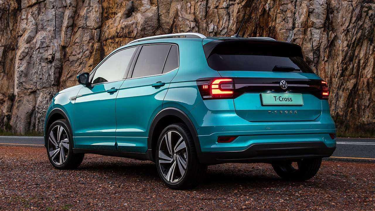 Volkswagen T-Roc в конце марта 2020 года появится у Европейских дилеров с ценником приблизительно 28 000 евро