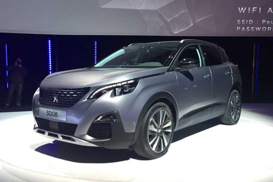 Peugeot 408 2020 года — доступный и недорогой в эксплуатации седан повышенной комфортабельности