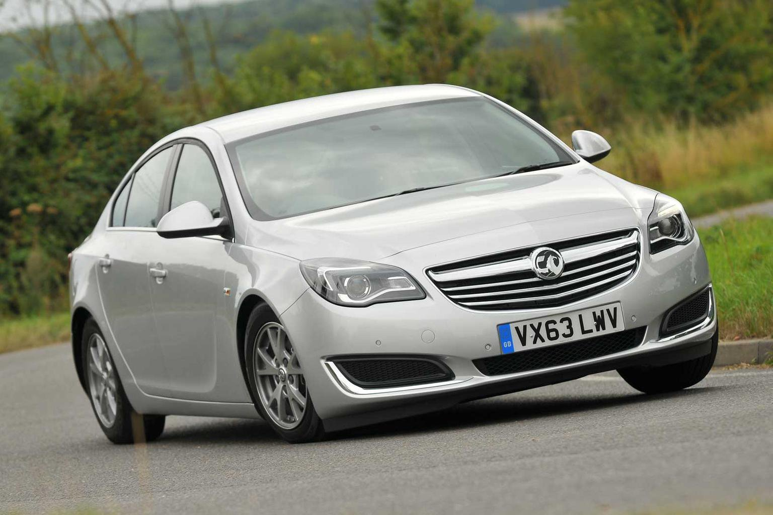 Opel insignia (опель инсигния спортс турер) универсал / business edition 2.0 / 160л.с. / автомат(6ст.) / передний привод