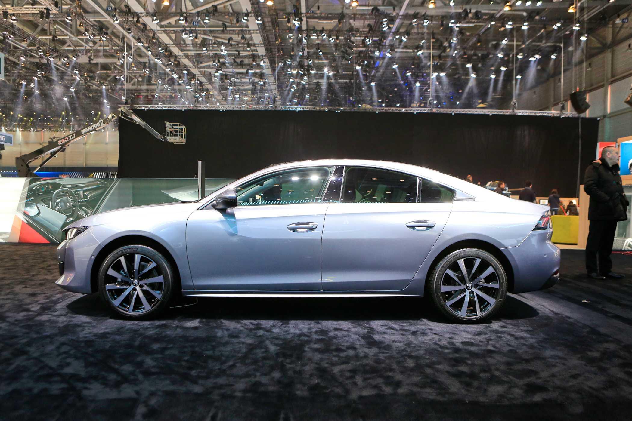 Peugeot запатентовал в россии лифтбек 508   amsrus