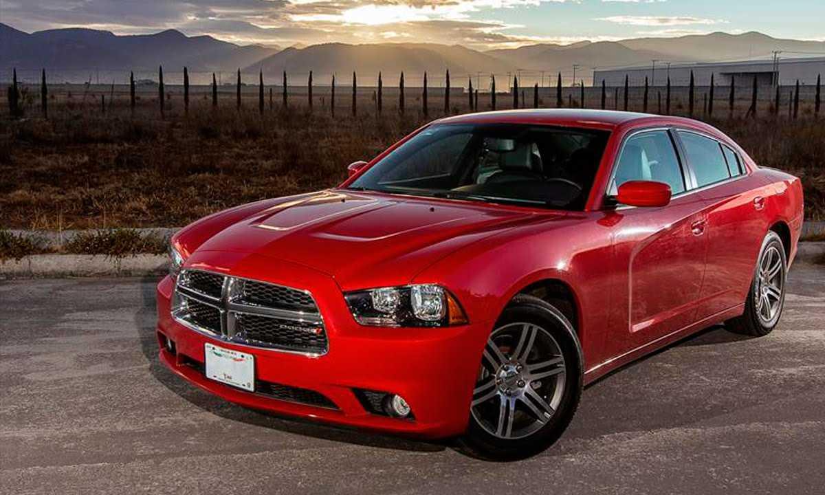 Dodge Charger комплектации характеристики автомобиля двигатель трансмиссия