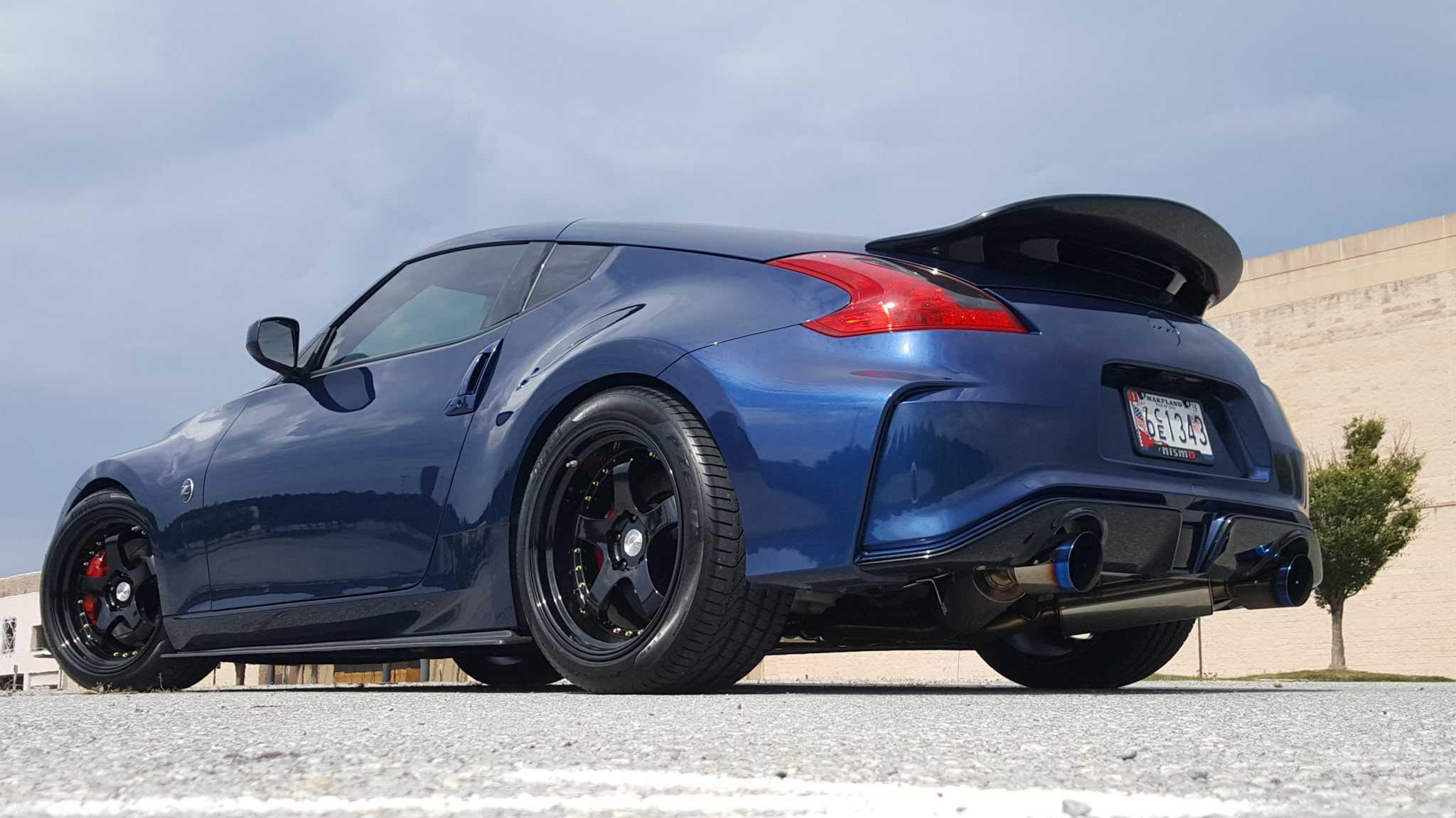 Nissan представил долгожданный спорткар proto z