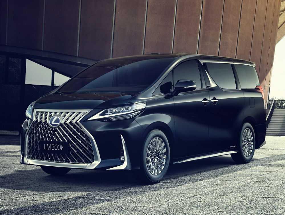 Впервые в истории Лексус стал минивэном В Шанхае Японцы представили микроавтобус премиум класса Lexus LM