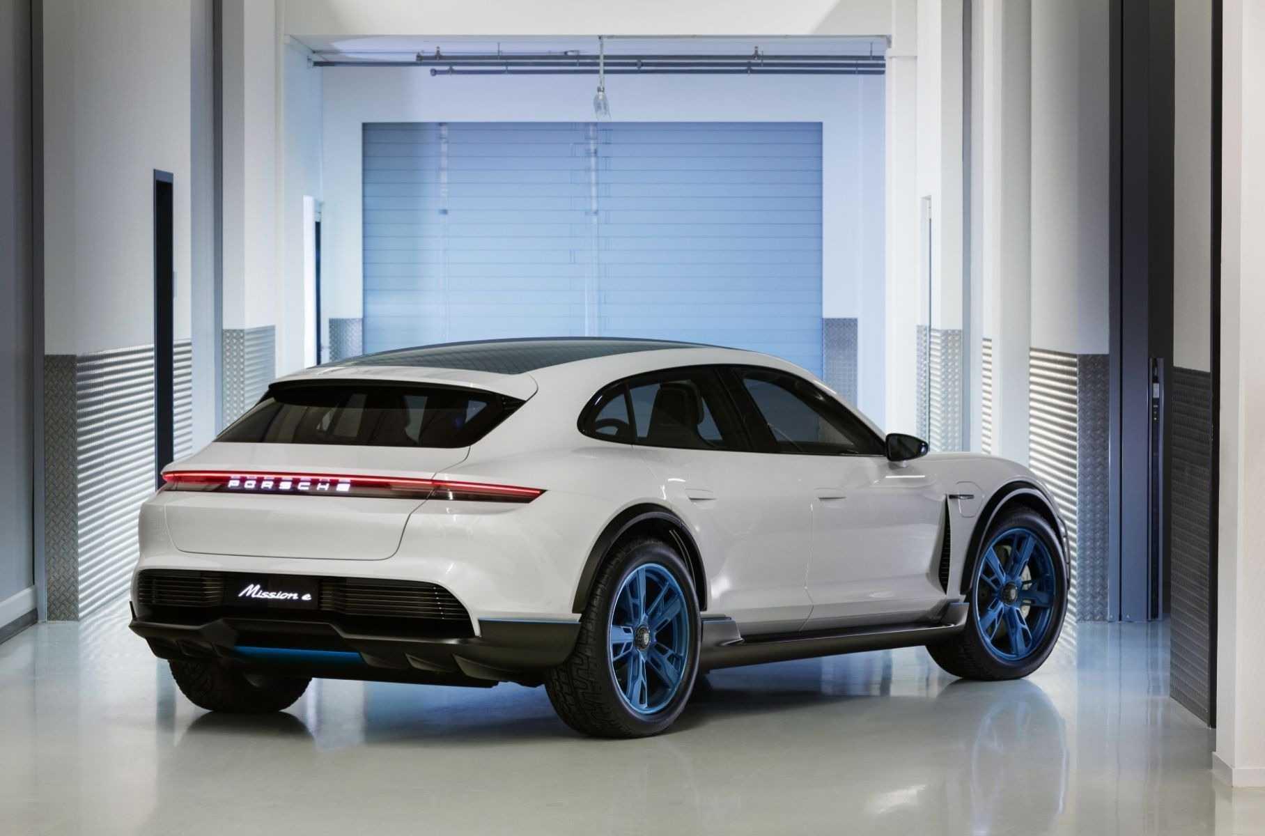 Porsche panamera 2021: фото, цена и техника в россии