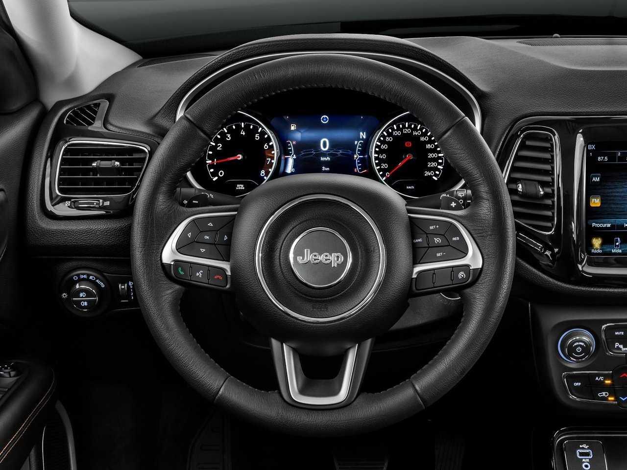 Если нужен городской кроссовер с отличными внедорожными способностями: новый jeep compass 2021 года