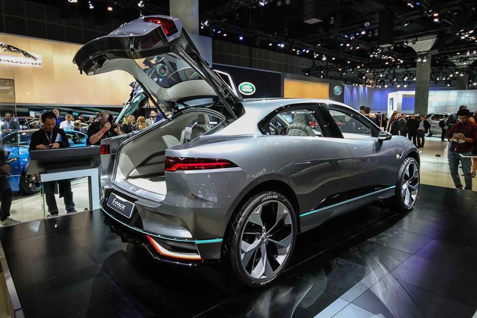 Kia представила в лос-анджелесе кроссовер seltos и два концепта в стиле x-line на его базе   автомир