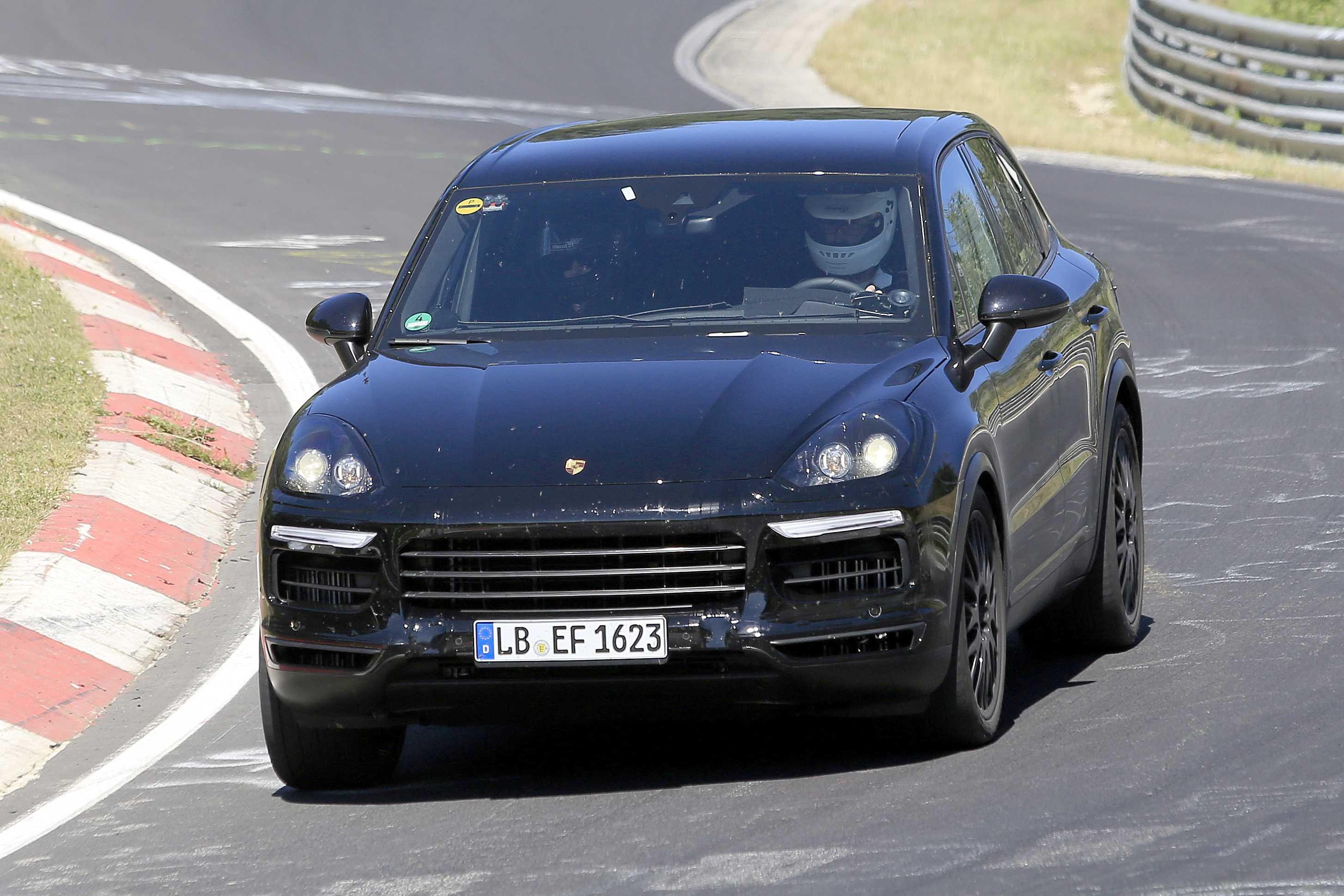 Porsche panamera 2020 года — семейный автомобиль с динамикой, способной затмить гоночные спорткары
