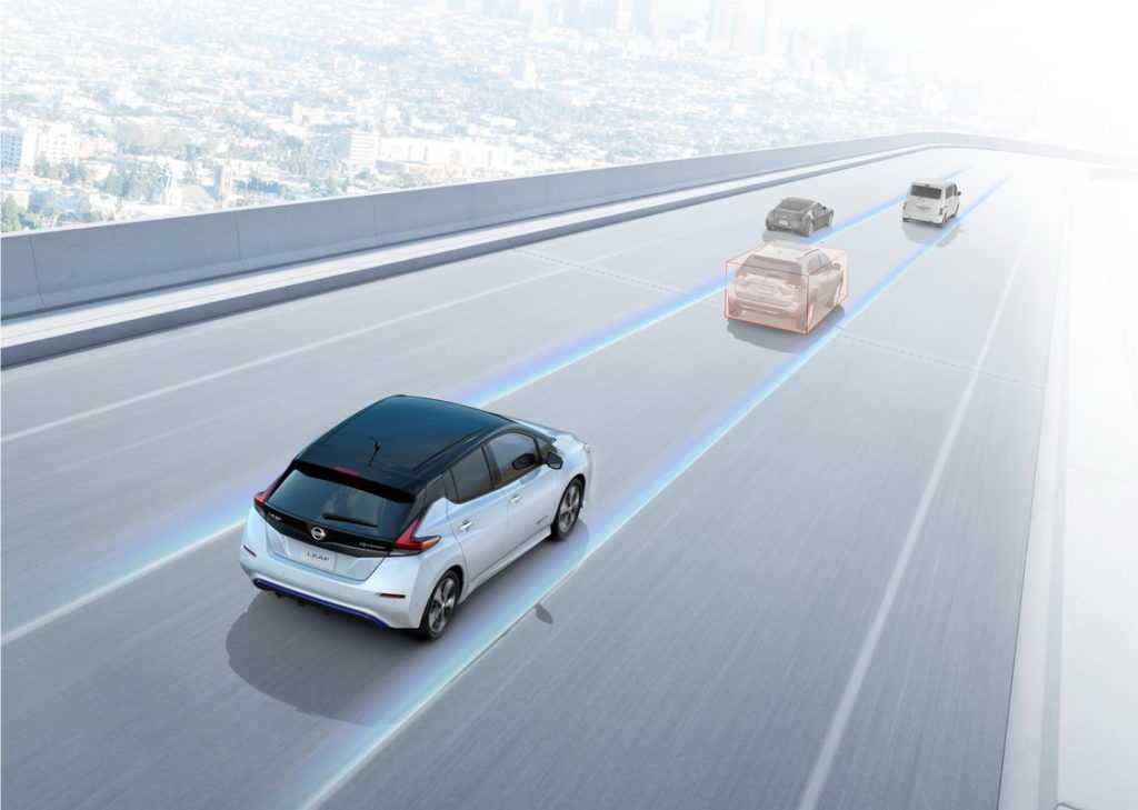 Nissan leaf 2018: второе поколение
