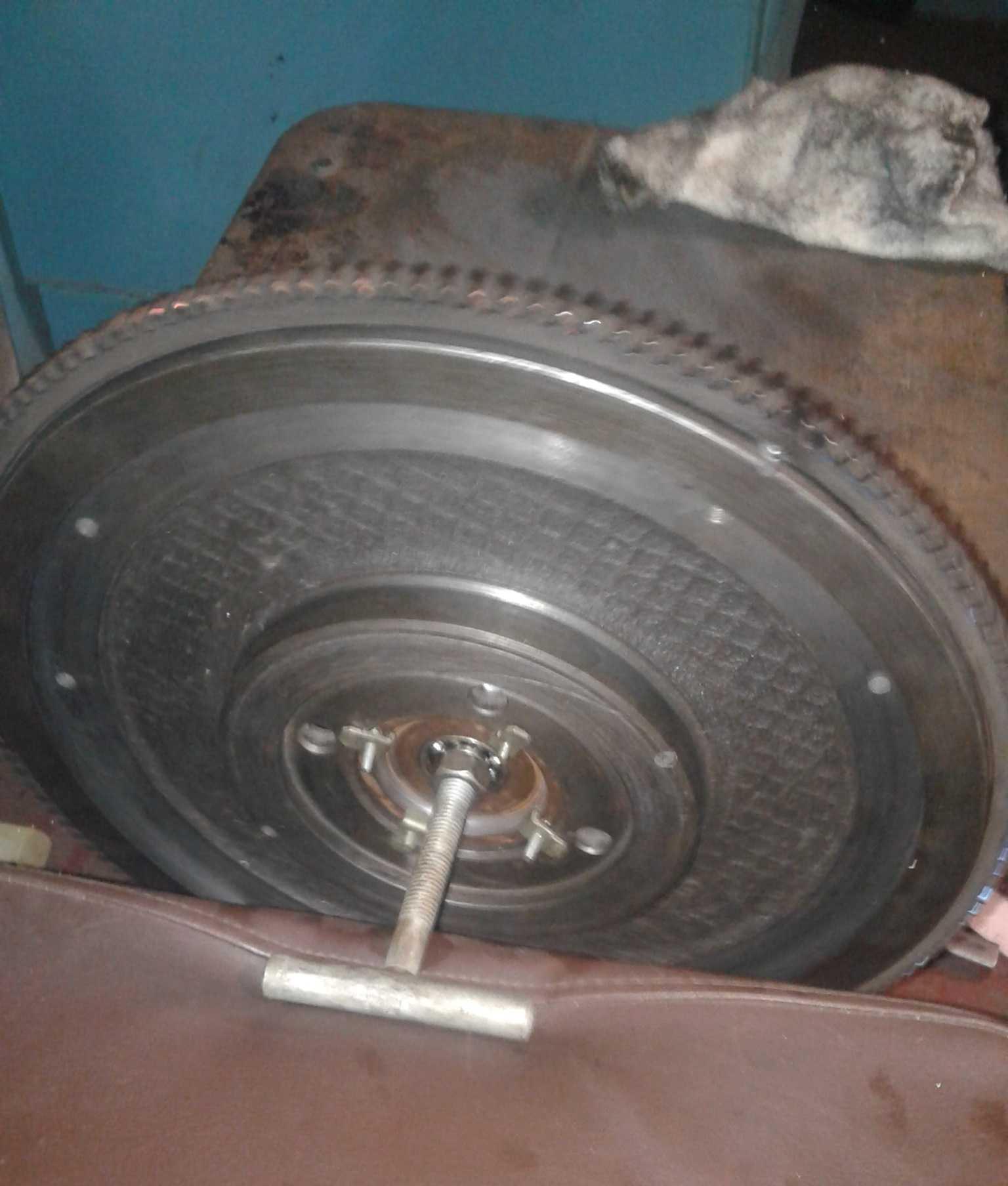 Стенд для балансировки колес своими руками. как сделать балансировку колеса в гаражных условиях. как узнать нужна ли балансировка