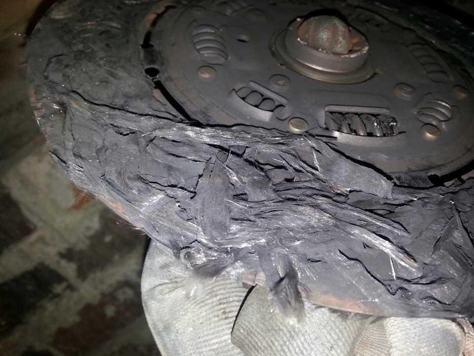 Сгорело сцепление: признаки неисправности, способ ремонта