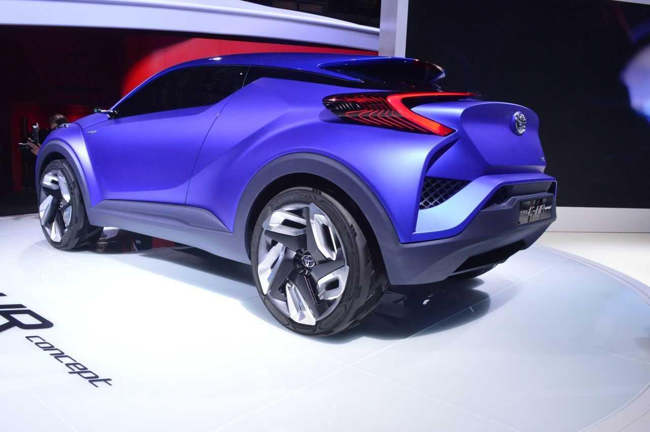 Toyota c-hr (тойота с-хр)