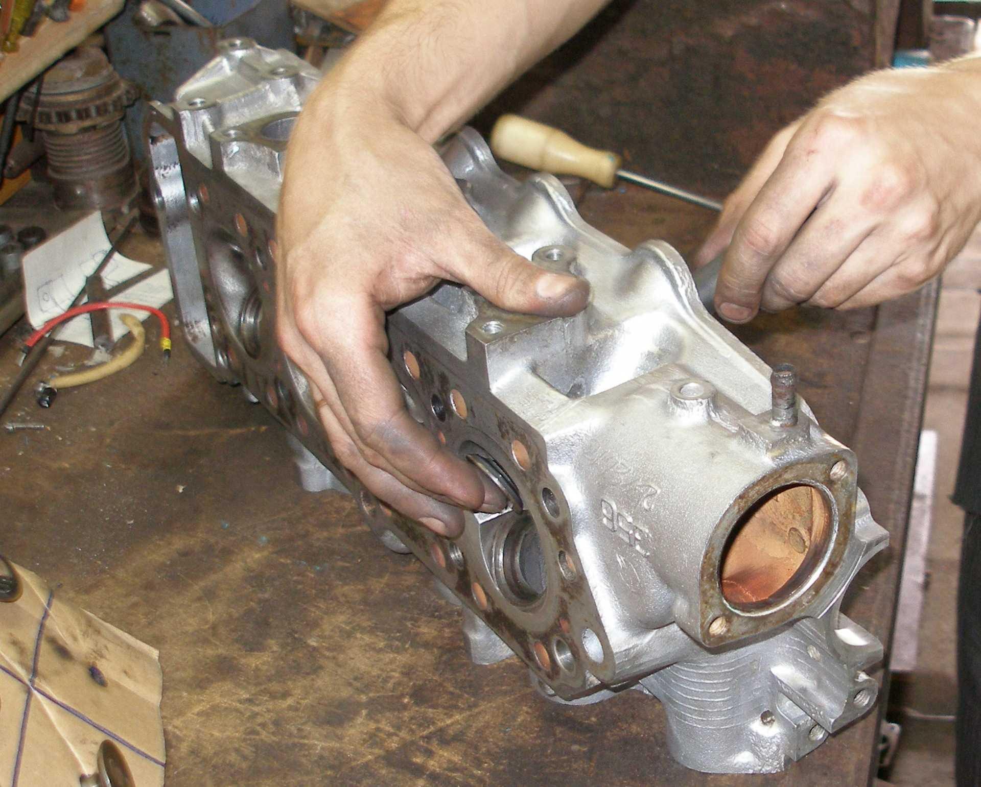 Капитальный ремонт двигателя: что включает, запчасти и когда нужен