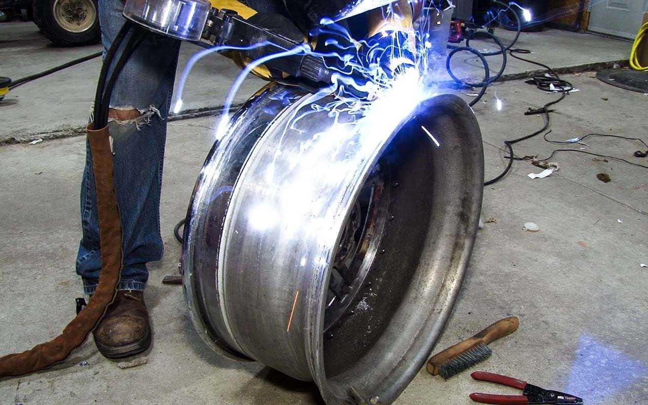 Сварка дисков аргоном: порядок работ при ремонте и особенности алюминиевых изделий