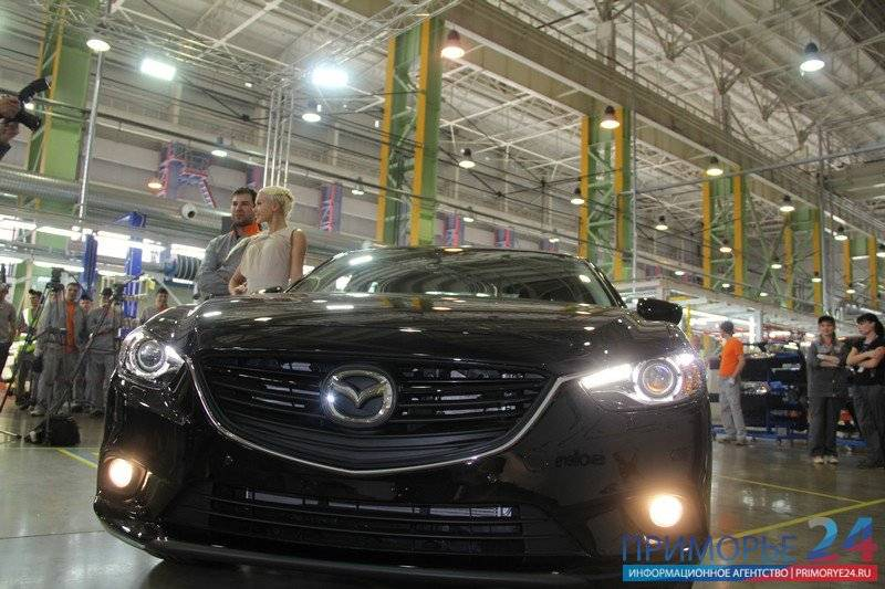Mazda mazda3 2018, 2019, 2020, 2021, хэтчбек 5 дв., 4 поколение, bp технические характеристики и комплектации