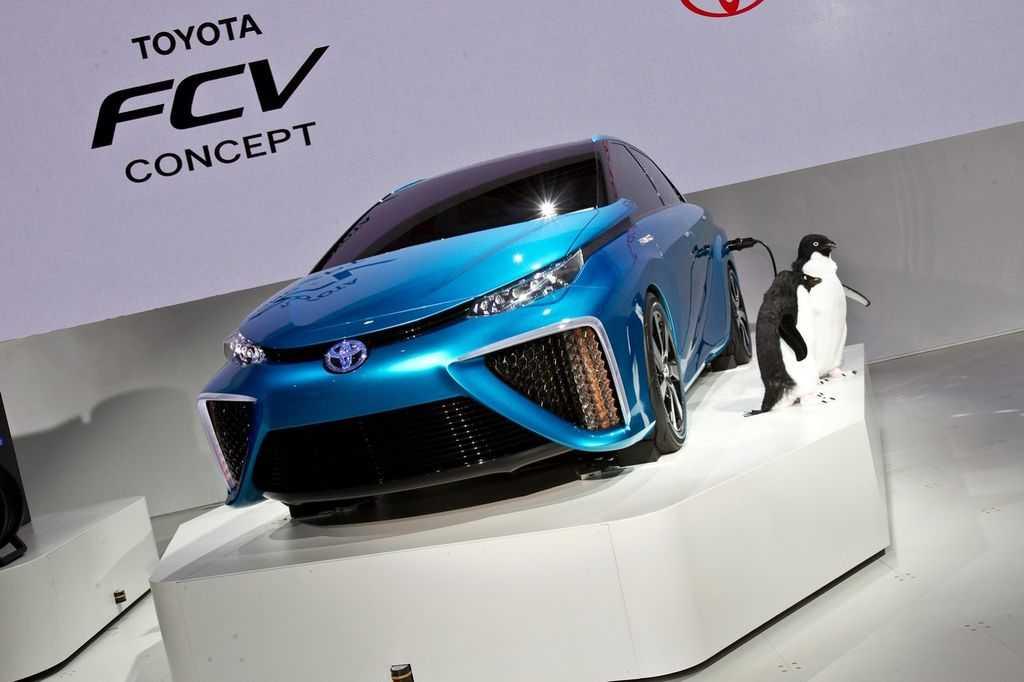 Toyota представила футуристический электробус для олимпийских игр в токио в 2020 году (фото)