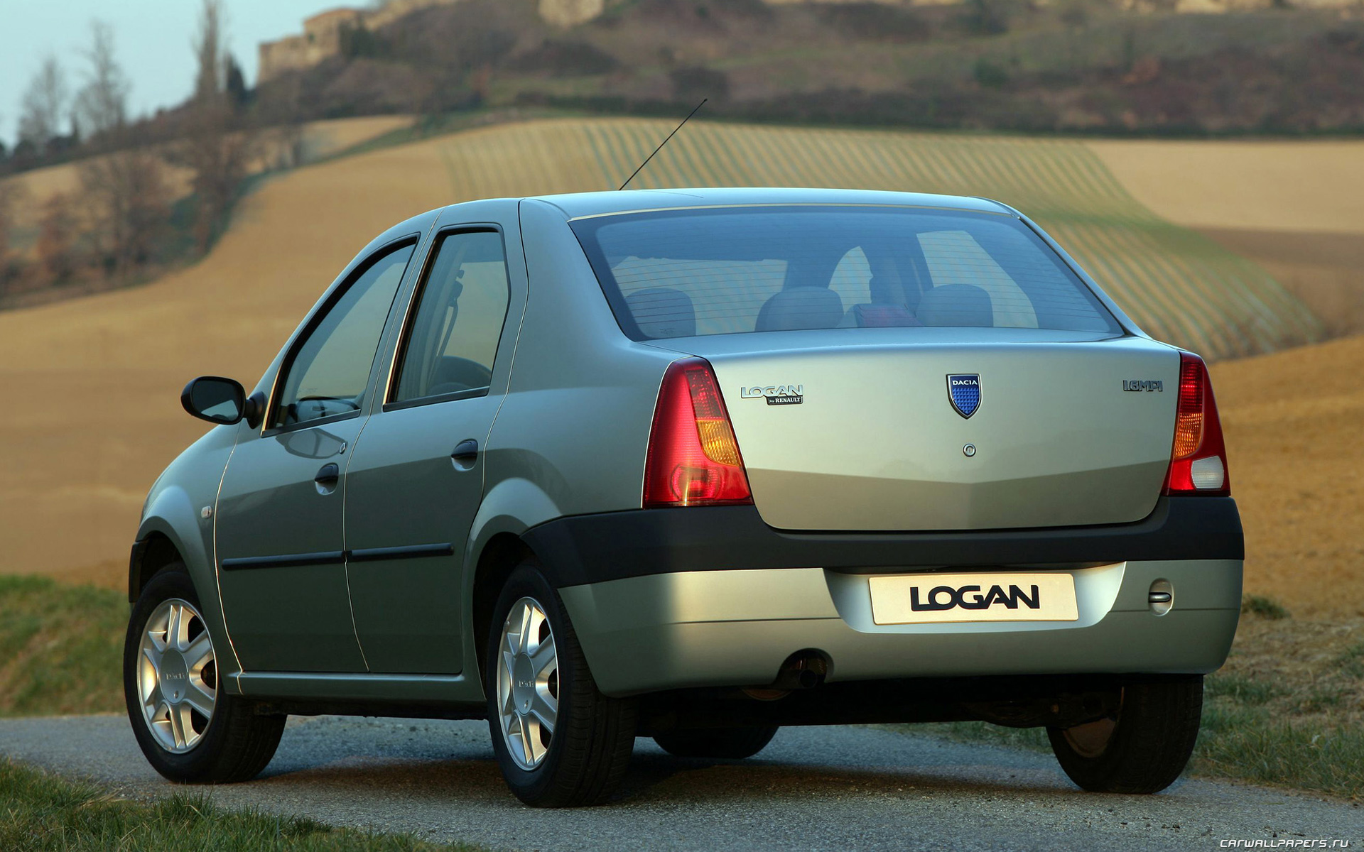 Renault megane 2008 г., приветствую всех читателей заинтересовавшихся данным отзывом, бензин, механическая коробка передач