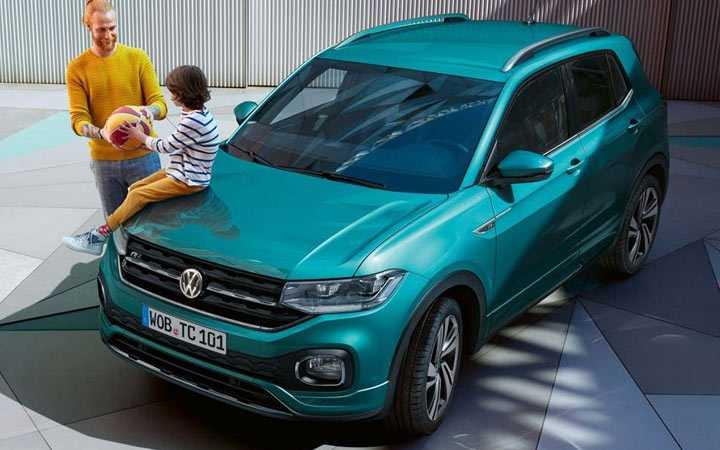 Volkswagen показал серийный вариант кроссовера t-roc