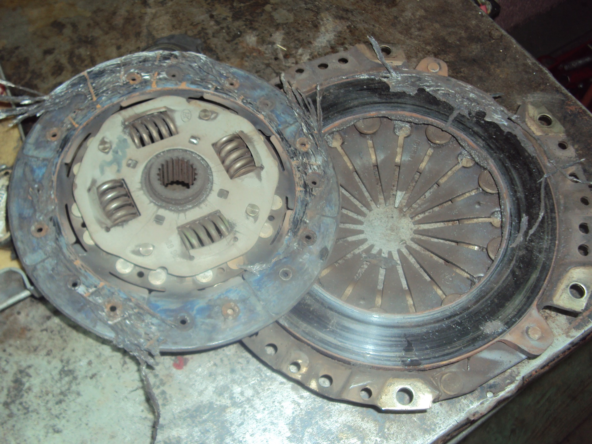 Сцепление автомобиля: устройство, принцип работы, как правильно пользоваться механизмом сцепления