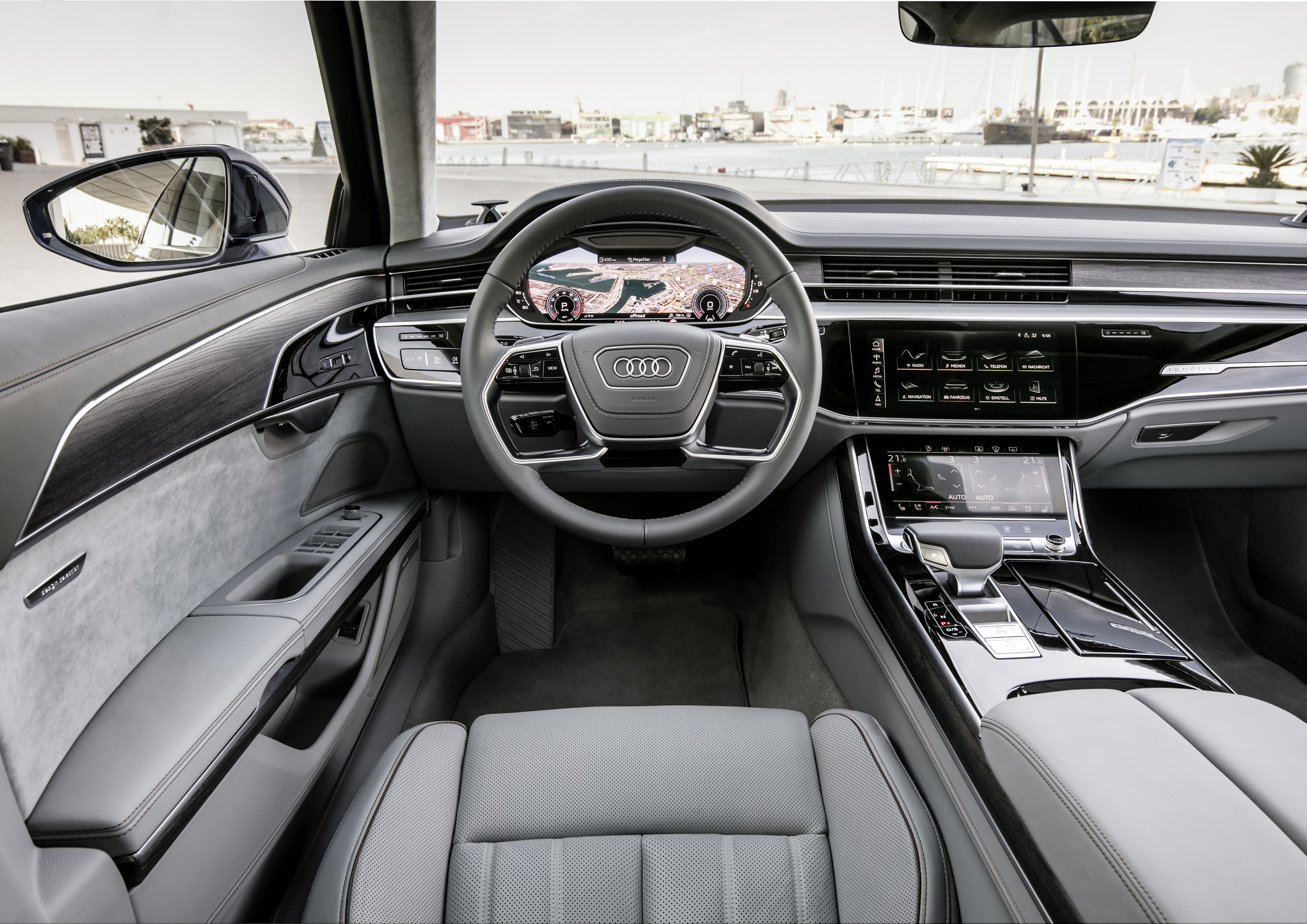 Audi показала флагманскую модель s8