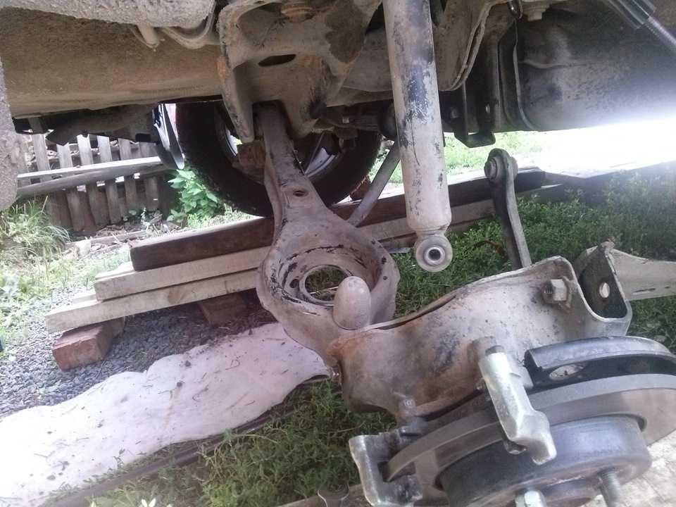 Замена сайлентблоков заднего рычага форд фокус 2 - ремонт автомобиля своими руками