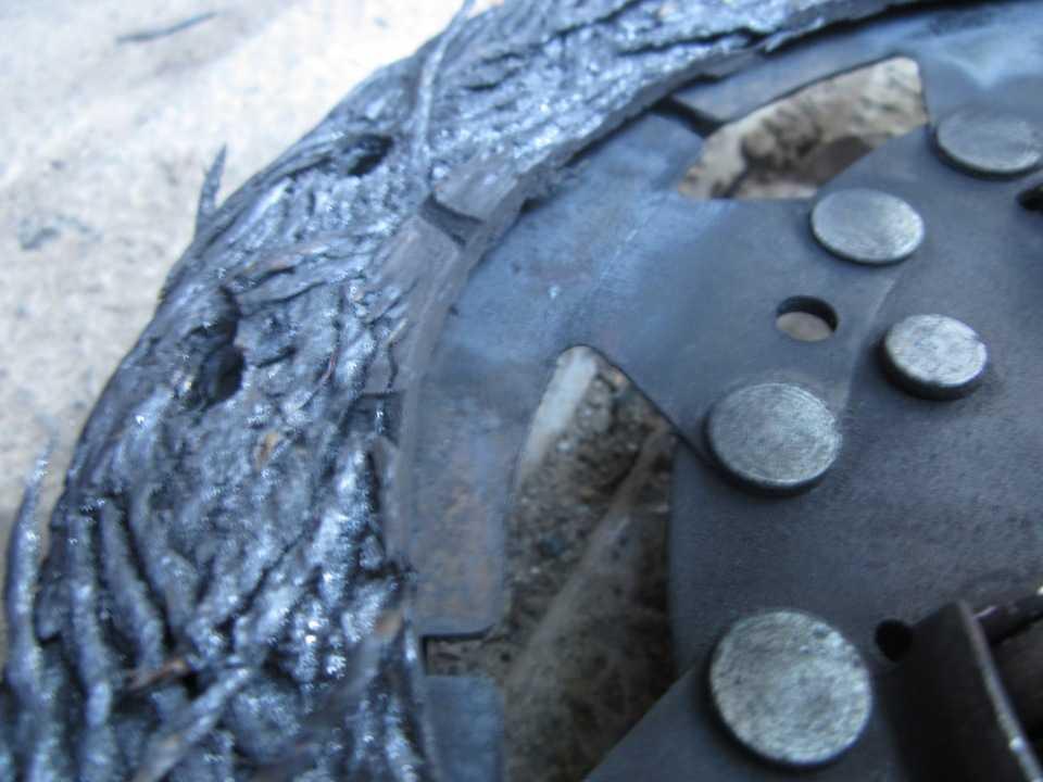 Как правильно пользоваться автомобильным сцеплением — принцип работы, как выжимать и отпускать педаль