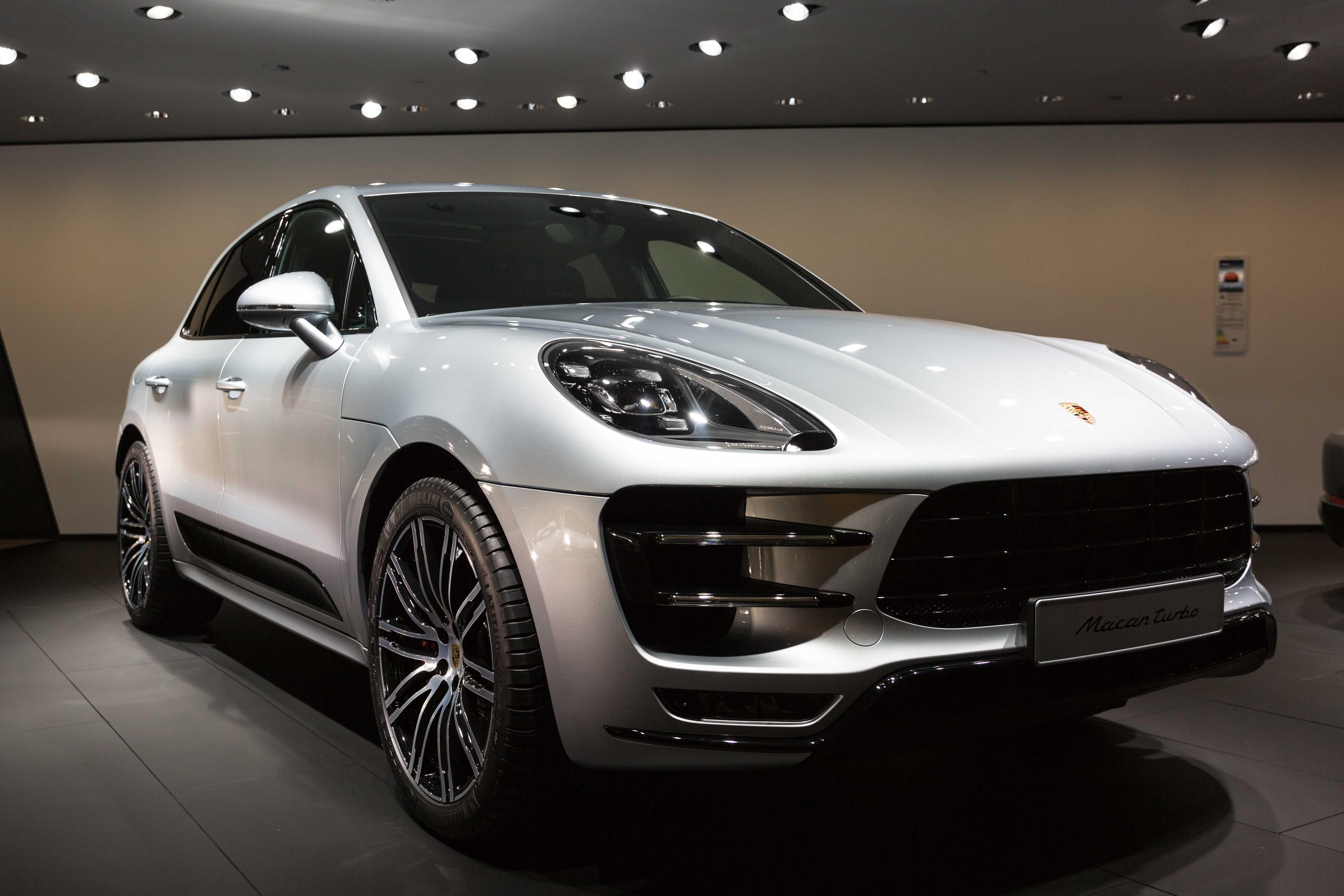 Porsche panamera 2021: спортивный лифтбек нового уровня