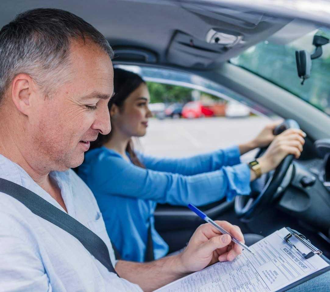 Основные преимущества прохождения обучения в специальной автошколе