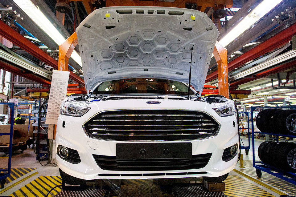 Ford mondeo 1.6 mt ambiente plus (08.2013 - 01.2015) - технические характеристики