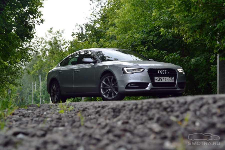 В данном видео вам будет подробно рассказано о Audi A5 Sportback  все его преимущества ни незначительные недостатки проведенный полный тест драйв