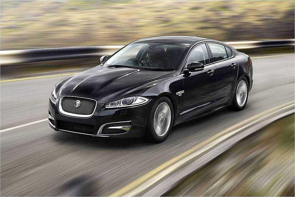 Jaguar XFR-S Sportbrake 2014 Фирма Jaguar показала свой новый заряженный универсал - автомобиль модели XFR-S Sportbrake Автолюбителям модель была показана в 2014 году на Женевском
