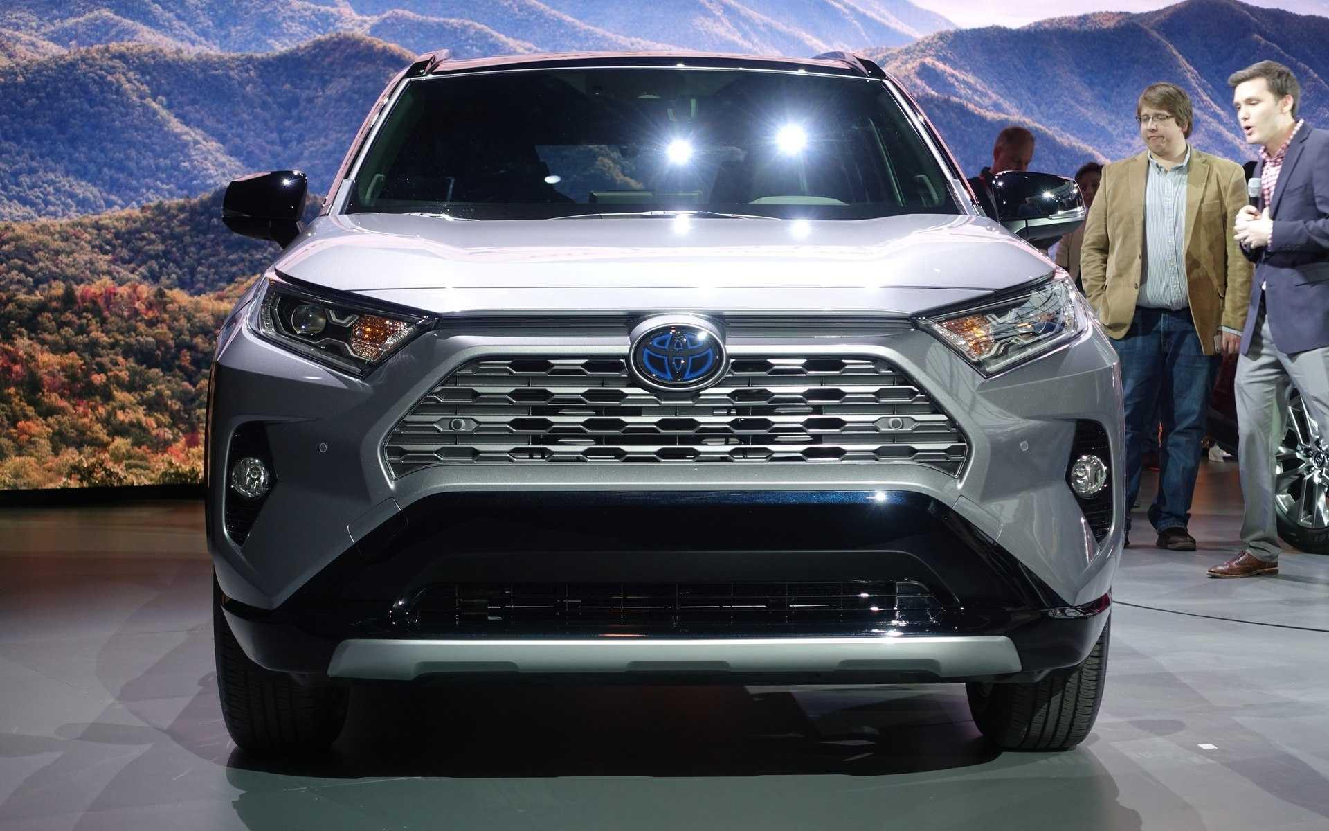 Toyota rav4 поколения 5, хэтчбек в россии: характеристики, комплектации, цены :: «цена авто»