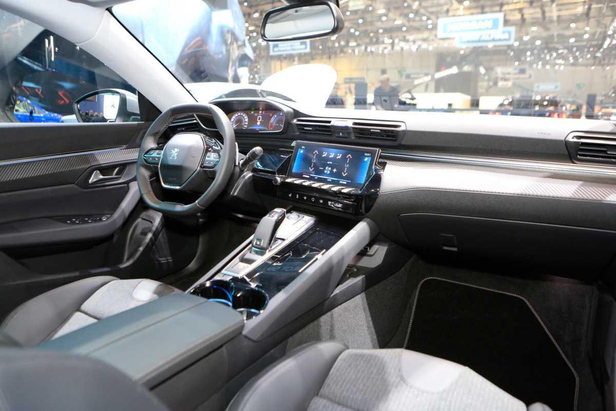 Peugeot 2008 2020 модельного года скоро выйдет в россии + фото и цены