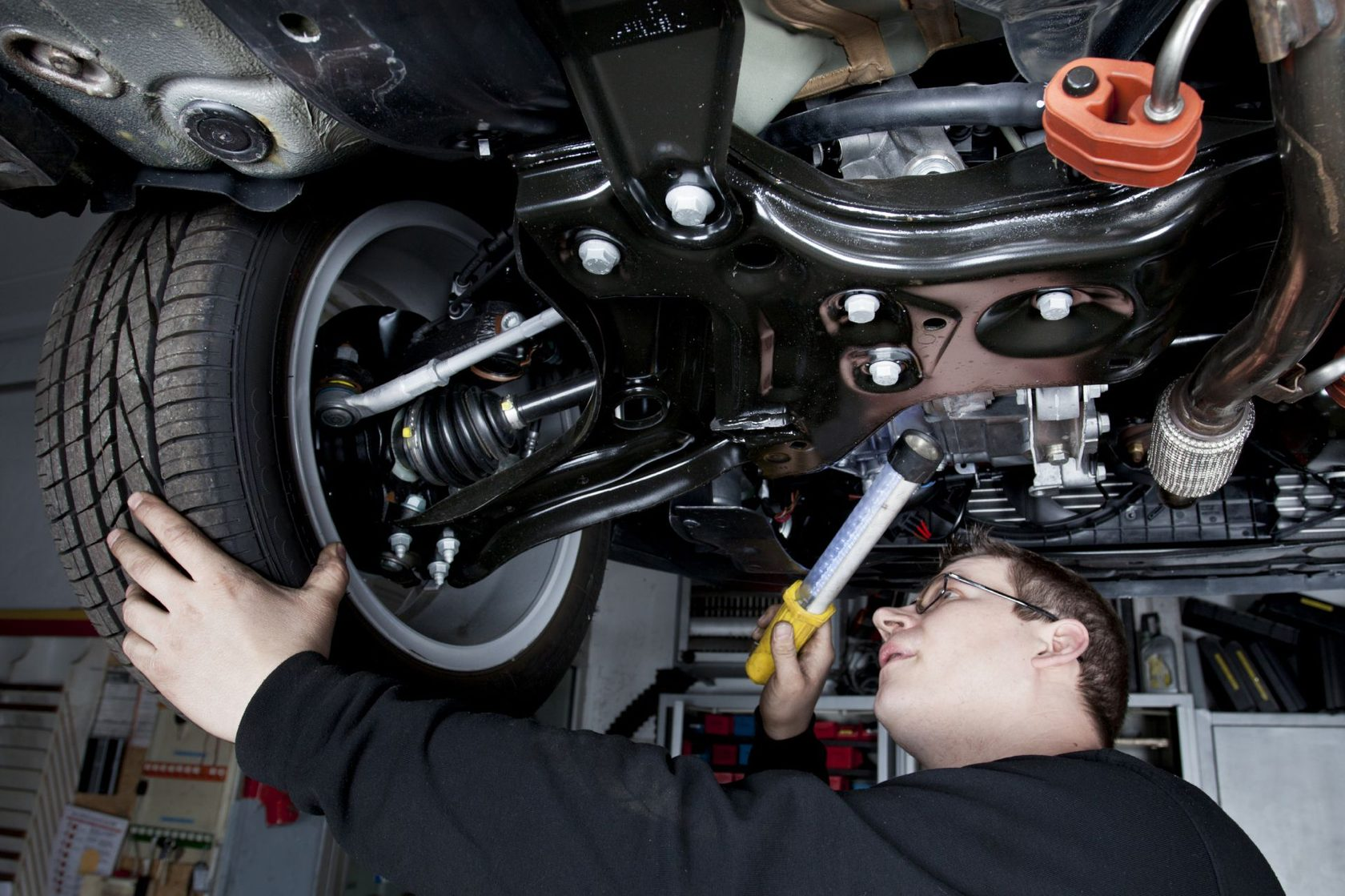 Ремонт подвески автомобиля: диагностика, техническое обслуживание