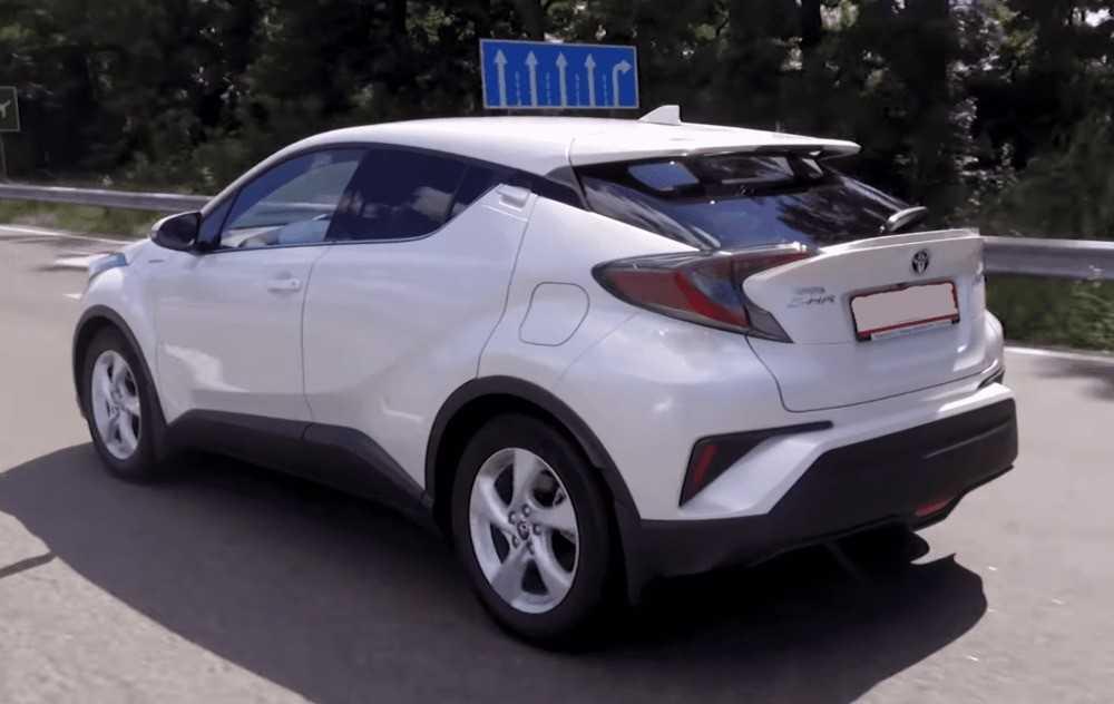 Toyota c-hr гибрид: характеристики, расход, батарея, комплектации