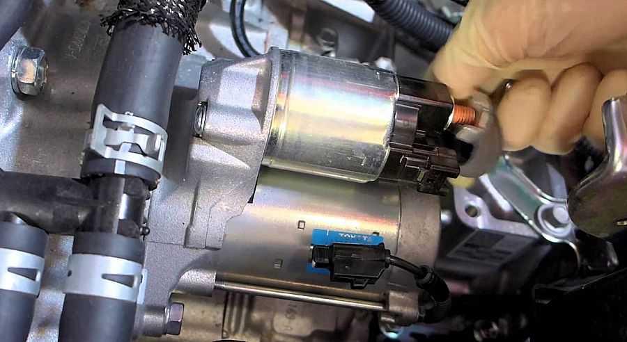 Почему не работает и не крутит стартер на ваз-2114: автомобиль не заводится