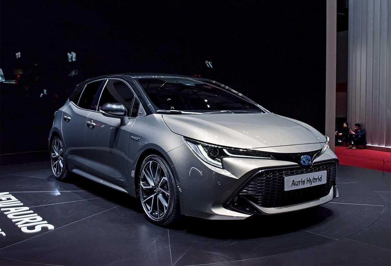 Toyota yaris 2019, хэтчбек 5 дв., 4 поколение (10.2019 - н.в.) - технические характеристики и комплектации