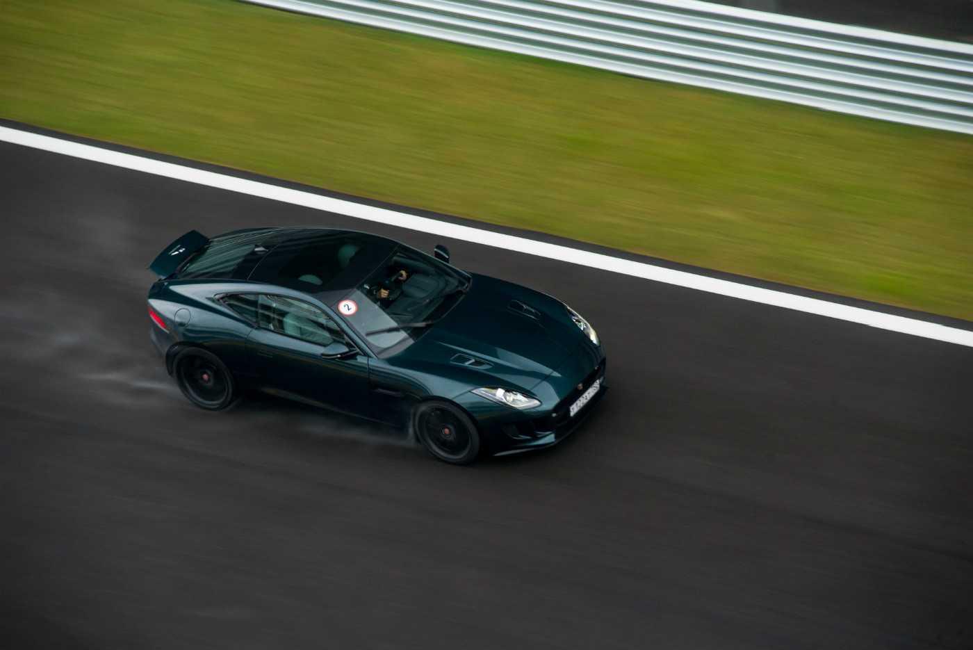 Стоит ли выбирать jaguar s-type с пробегом?