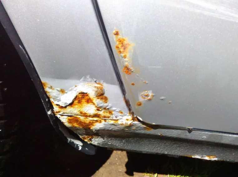 Операция «стоп-ржавчина»: избавление кузова авто от рыжиков и следов ржавчины своими силами