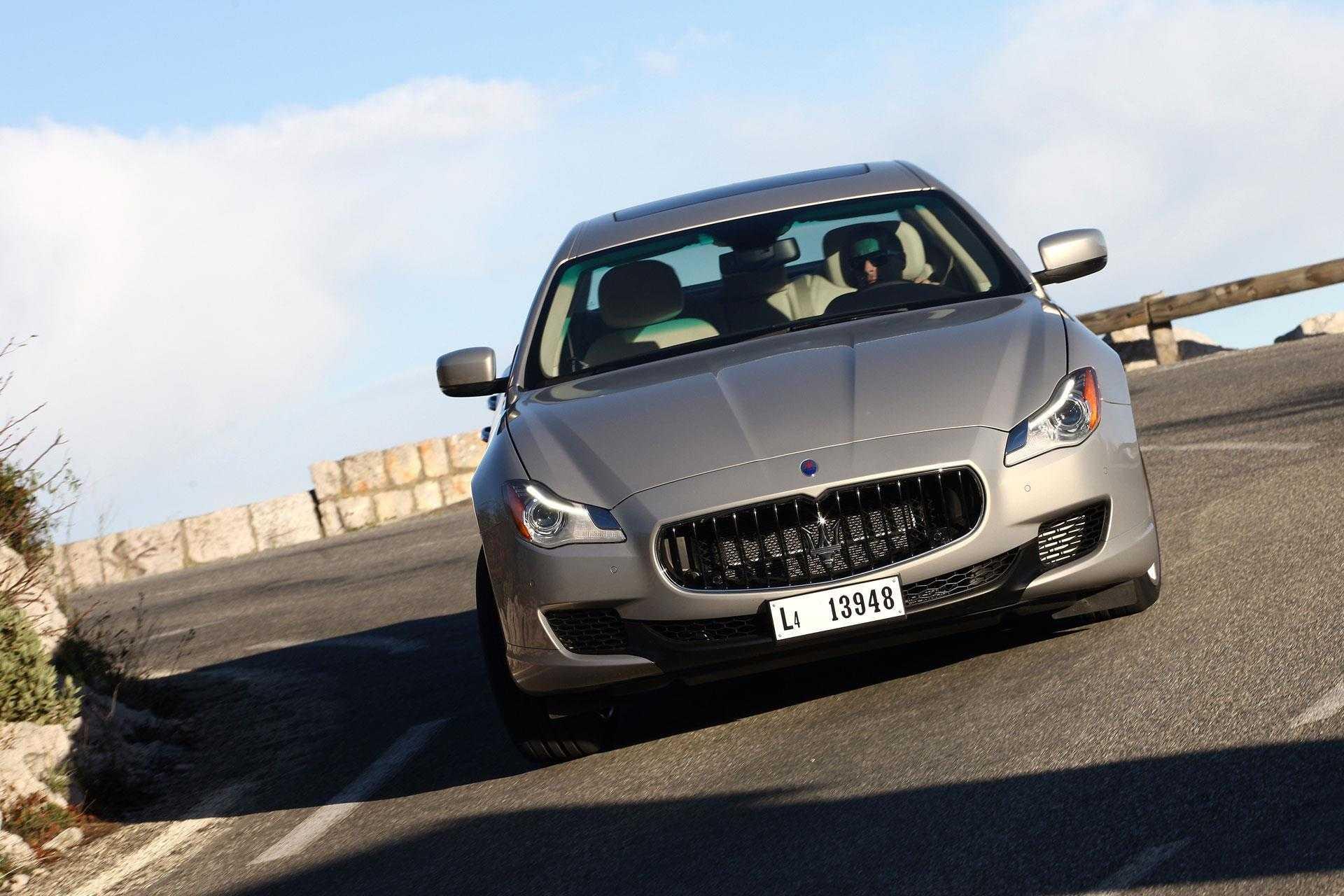 Maserati granturismo i 4.7 at (450 л.с.) кабриолет