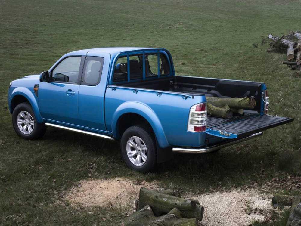 Метаморфозы : ford ranger wildtrak против mitsubishi l200   : off-road drive