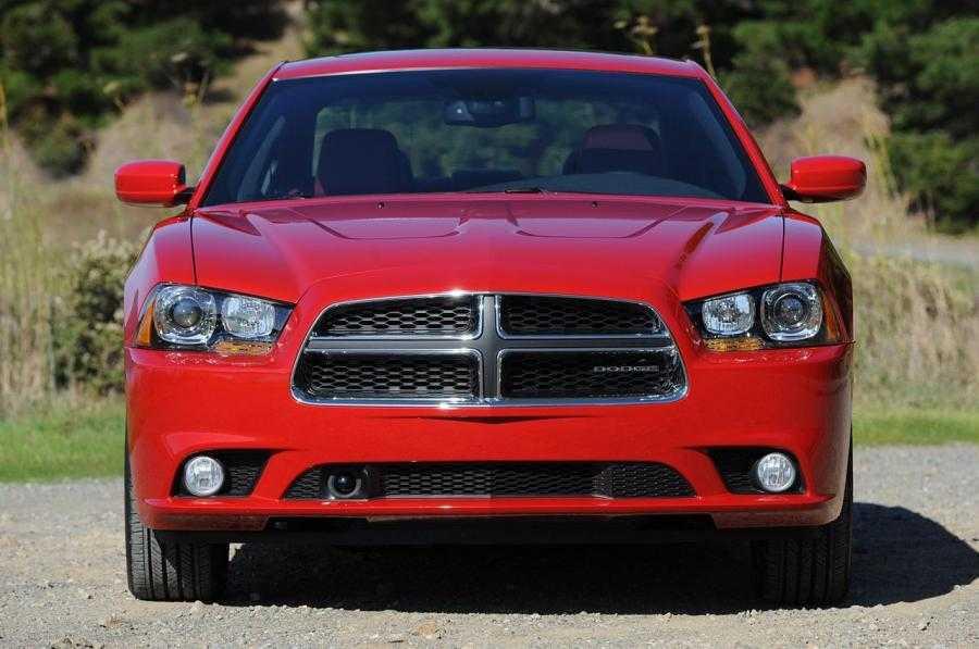 Dodge charger рестайлинг 2014, седан, 7 поколение, ld (04.2014 - н.в.) - технические характеристики и комплектации