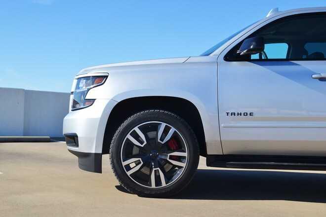 Интерьер и комфорт Шевроле Тахо 2018 года внешний вид характеристики технологии и безопасность двигатель трансмиссия подвеска и рулевое управление комплектации и цены отзывы