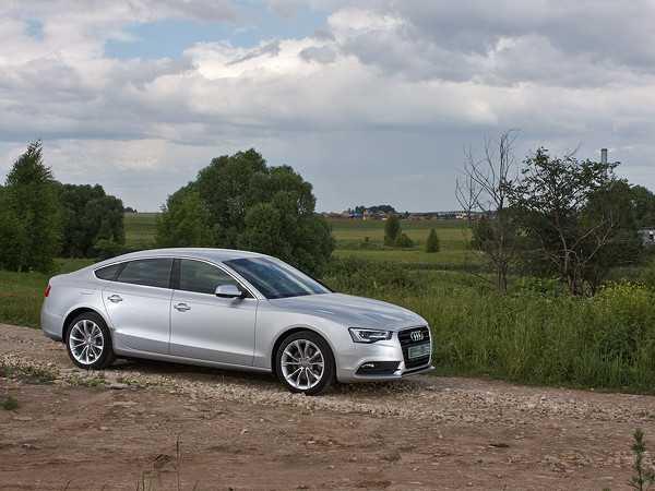 Audi a5 sportback: между седаном и универсалом