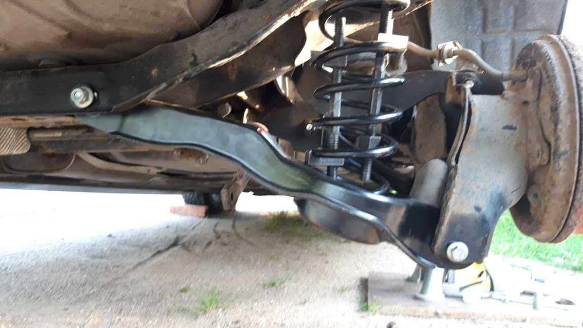 Замена сайлентблоков задней подвески форд фокус 2 (своими руками)
