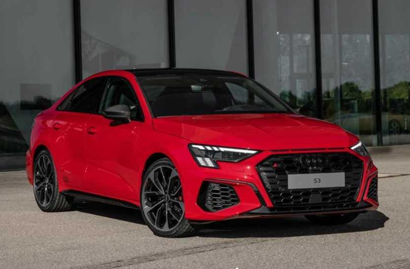 Audi выпустил обновленное семейство a4
