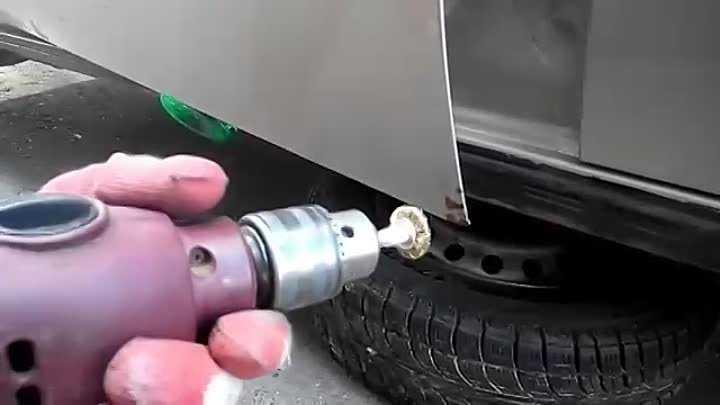Удаление ржавчины с кузова автомобиля перед покраской