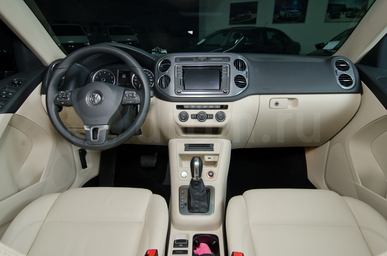 Volkswagen tiguan - характеристики, комплектации, фото, видео, обзор