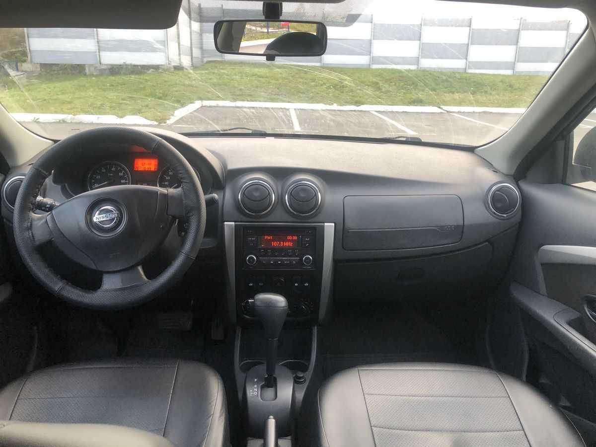 Nissan almera 2005 год, 1.5 литра, всем привет дорогие друзья, мкпп, расход 8.5, бензин