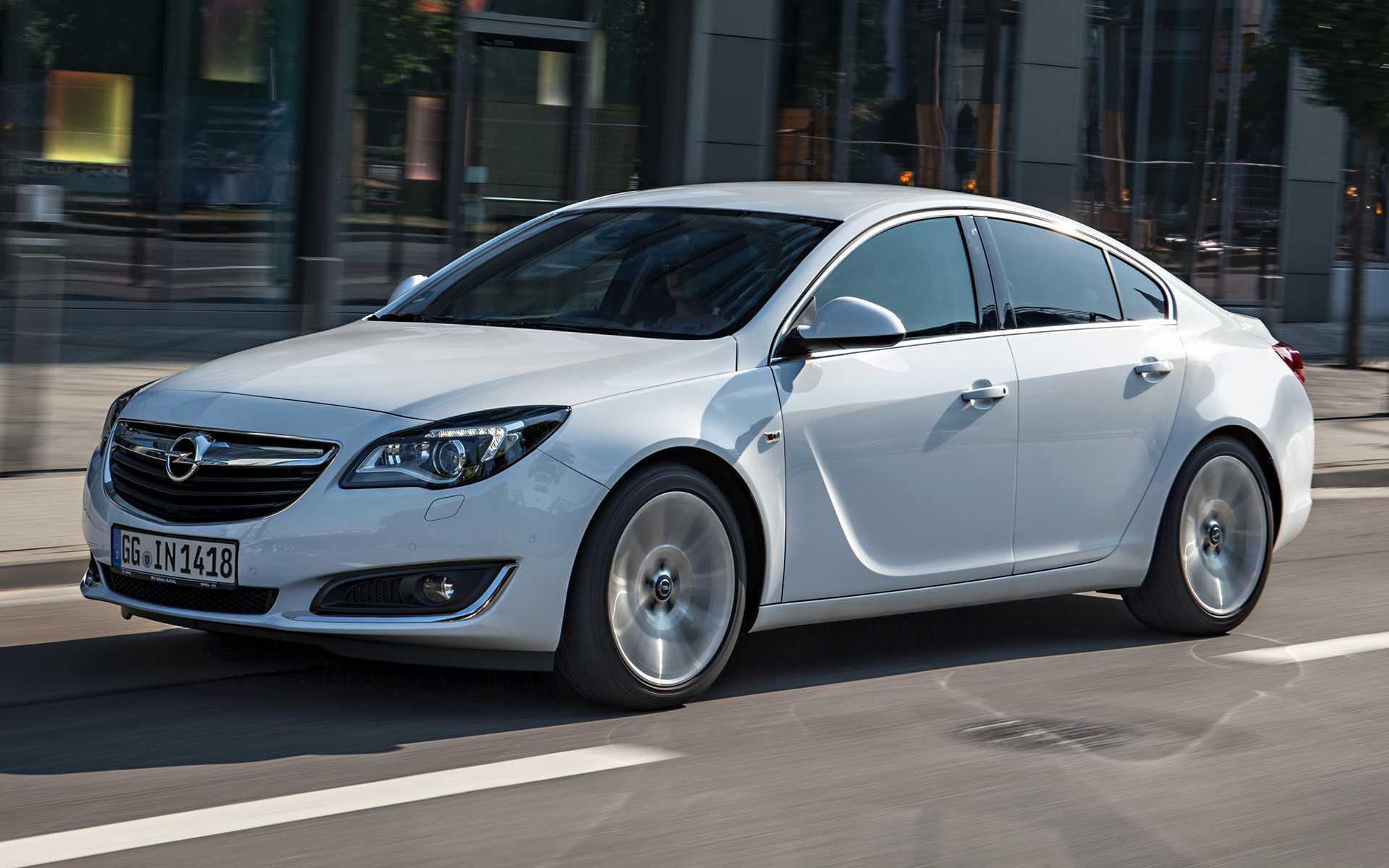 Opel insignia 2020 года — динамичный седан с обширным списком бортового оснащения